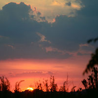 "A sunset over Santa Fe by <a href=""http://www.flickr.com/photos/blmurch/"" target=_blank"">blmurch</a> on Flickr.com"
