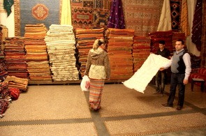 Buying a Moroccan Berber Wedding Blanket