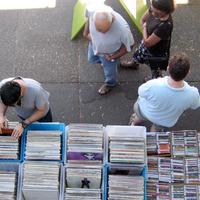 "Zulu Records by <a href=""http://www.flickr.com/photos/carolyncoles/2769420961/"" target=""_blank"">carolyncoles</a> on Flickr.com"