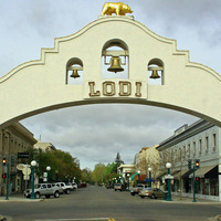 "Downtown Lodi, by <a href="" http://www.flickr.com/photos/springfieldhomer/441419182/"" target=""_blank"">Slideshow Bruce</a> on Flickr.com"