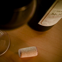 "Bottle of Red Wine + Glass + Cork, by <a href=""http://www.flickr.com/photos/thebusybrain/2857498721/"" target=""_blank"">TheBusyBrain</a> on Flickr.com"